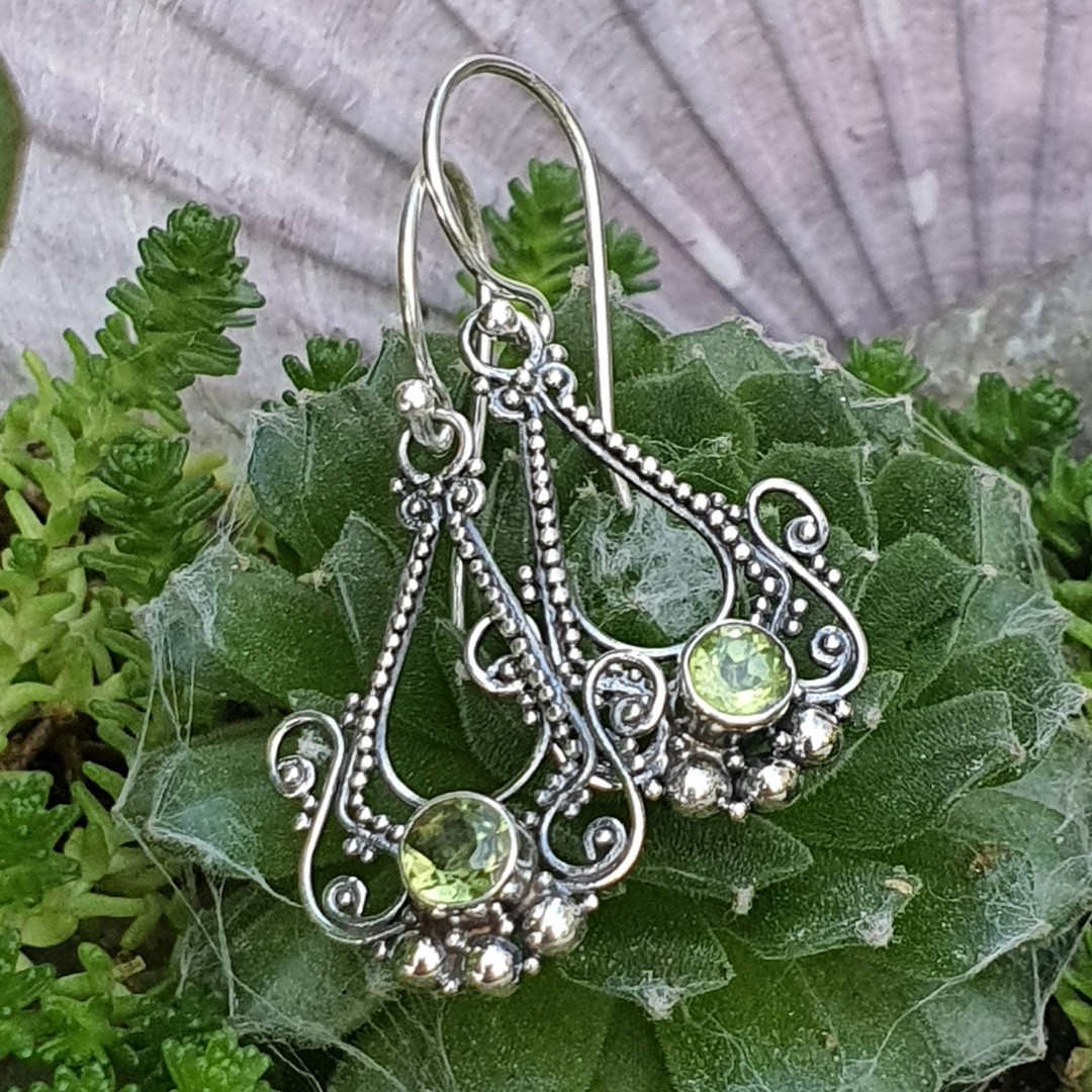 Silver filigree hook earrings with green peridot image 2