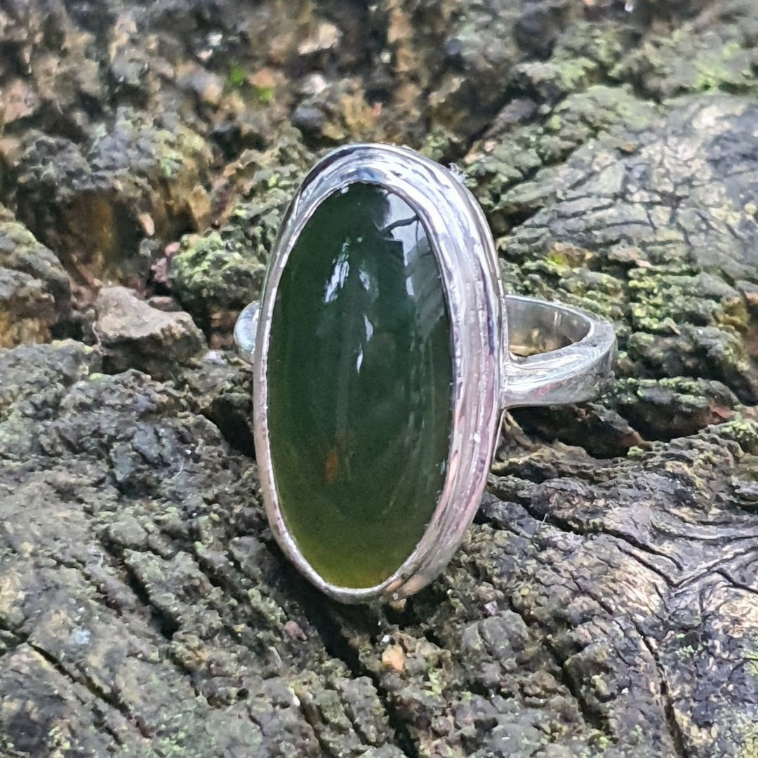 Ladies greenstone ring, made in NZ image 2