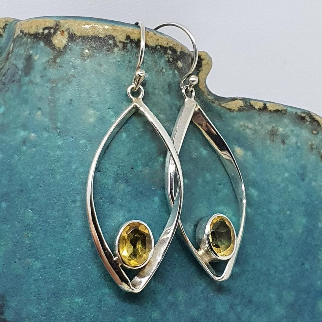Silver citrine earrings image 3