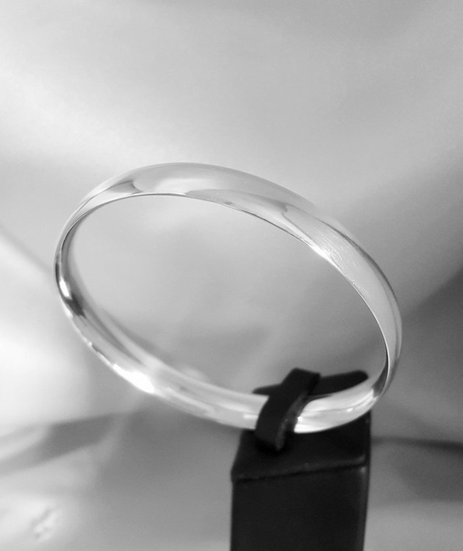 Heavy sterling silver bangle image 0