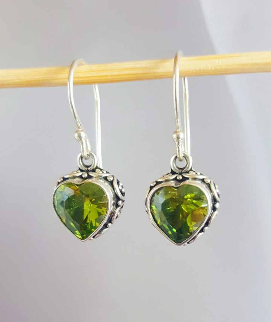 Silver Peridot Earrings! image 1