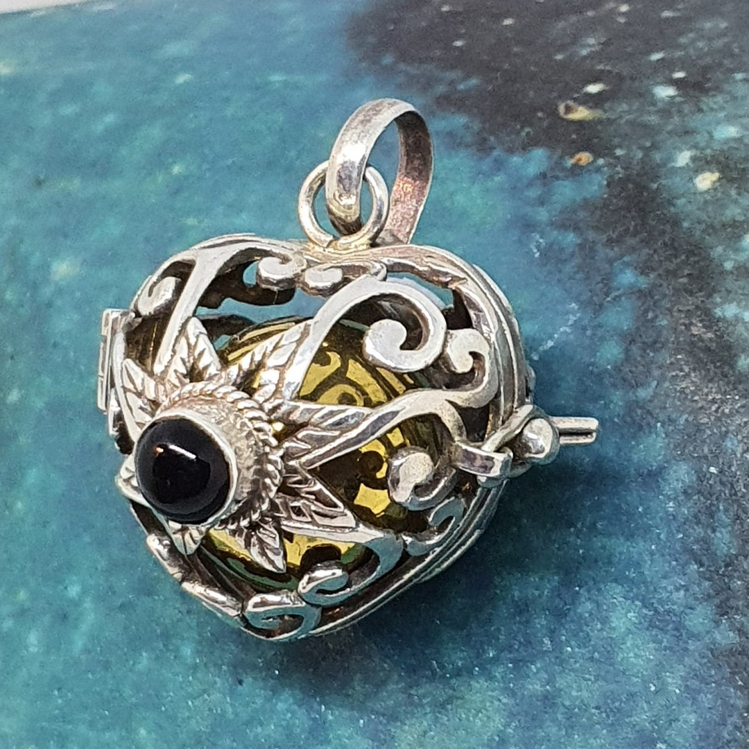 Silver filigree harmony ball pendant with black onyx image 2