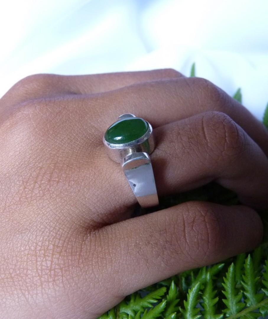 NZ Greenstone ring image 2
