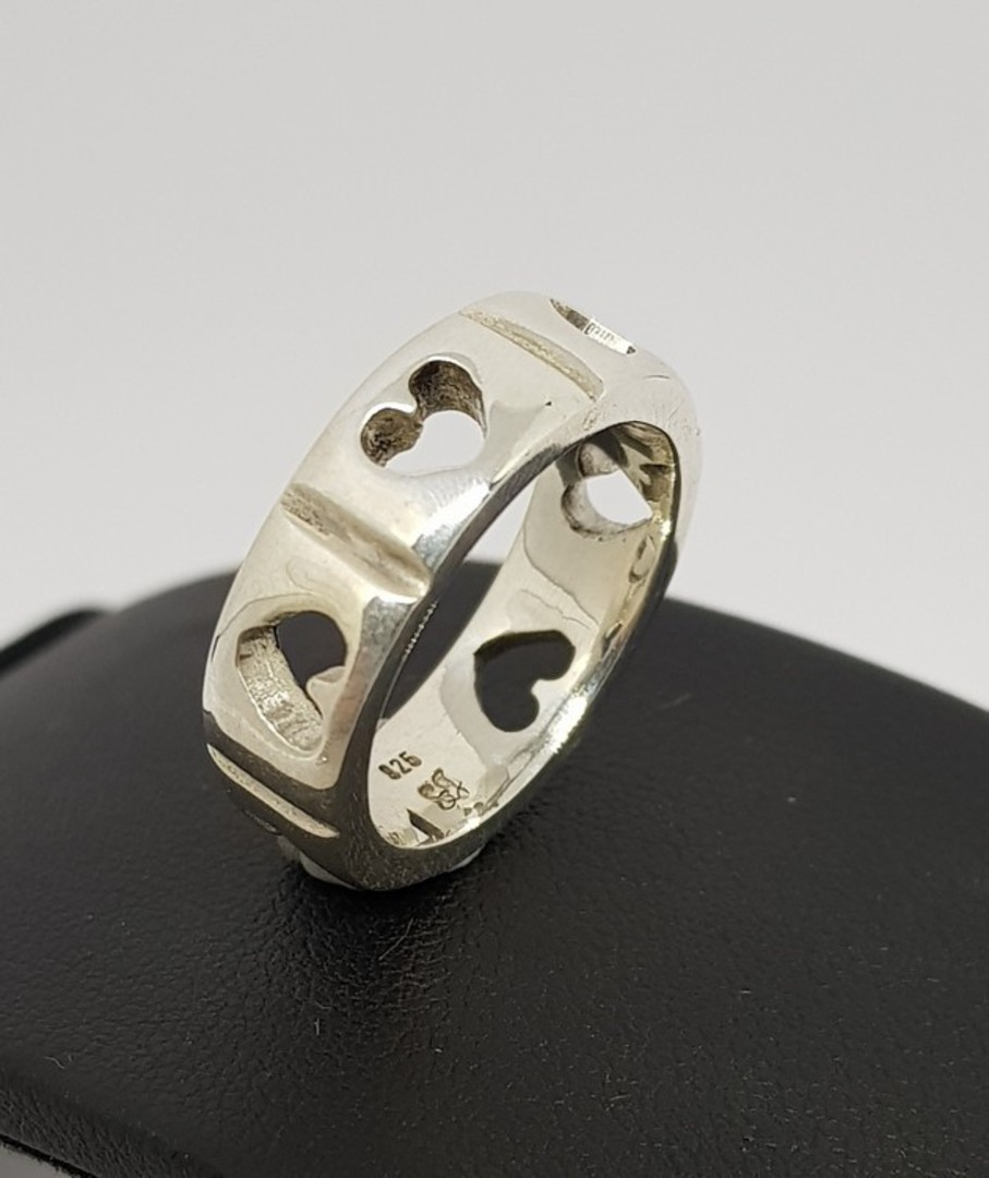 Sterling silver heart ring band - made in NZ image 1