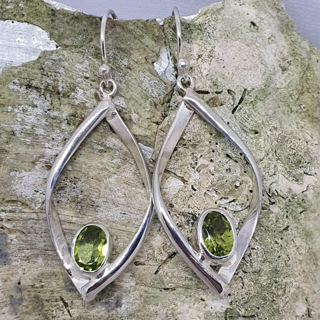 Silver peridot earrings image 2