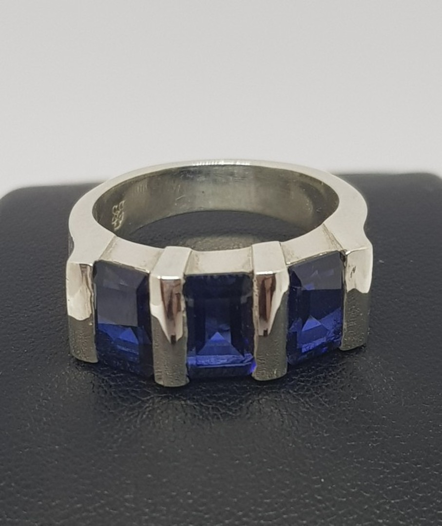 Sterling silver three stone synthetic sapphire ring image 1
