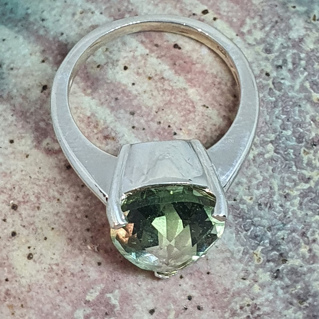 Sterling silver green fluorite ring image 4
