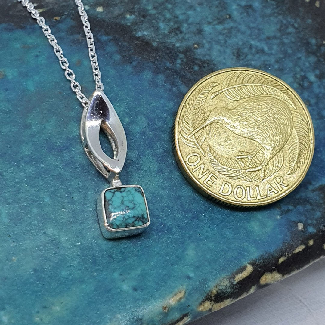 Little turquoise pendant and chain image 2