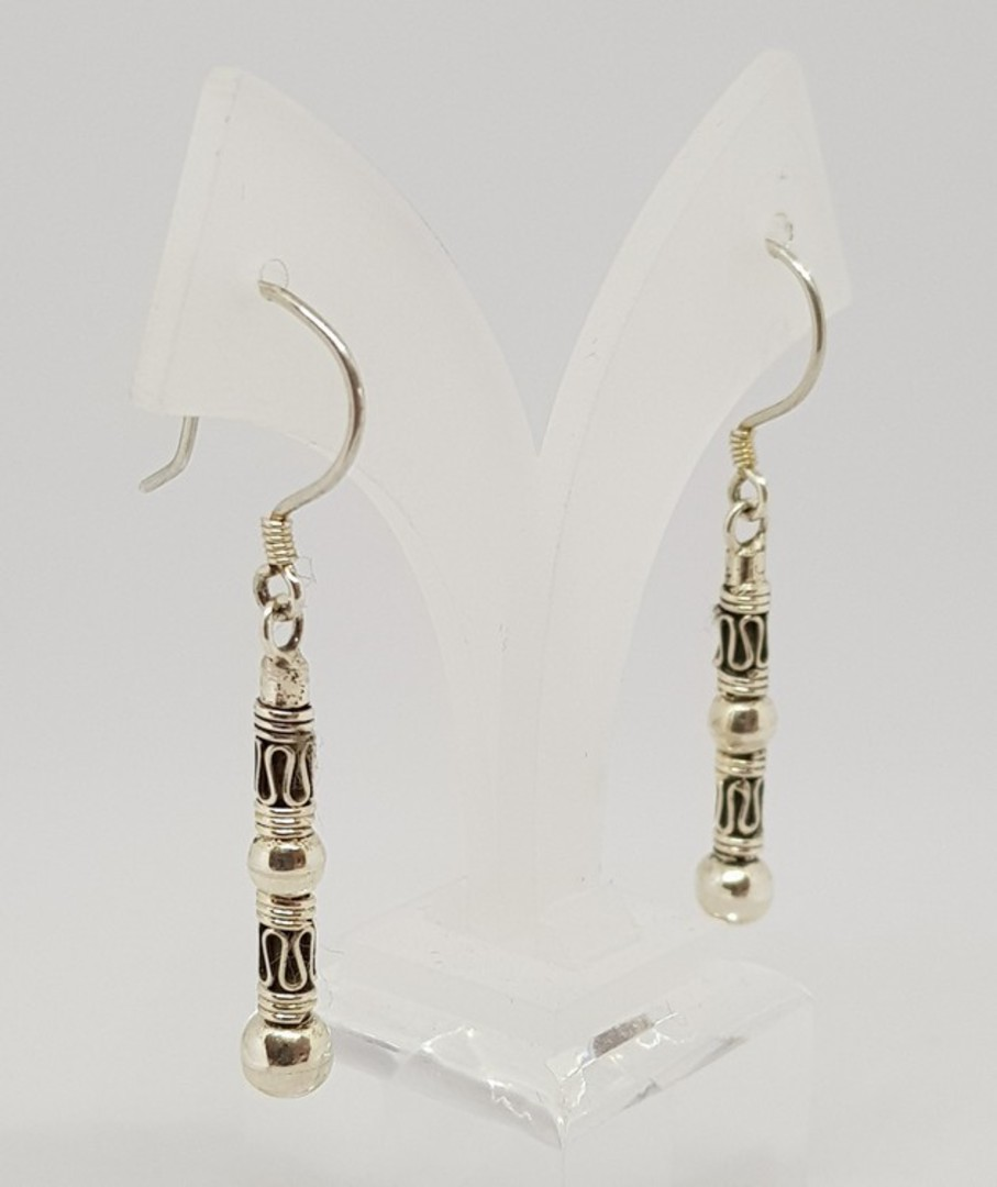 Long silver earrings with stunning designs image 1