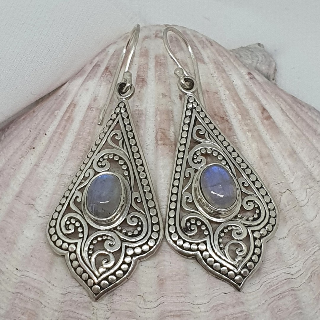 Moonstone earrings image 0