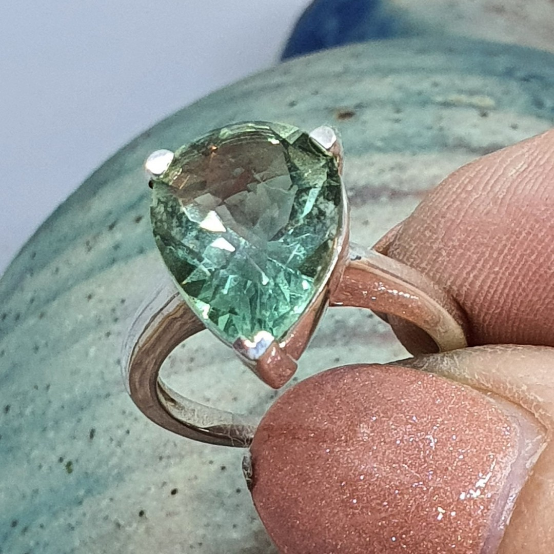 Sterling silver green fluorite ring image 3