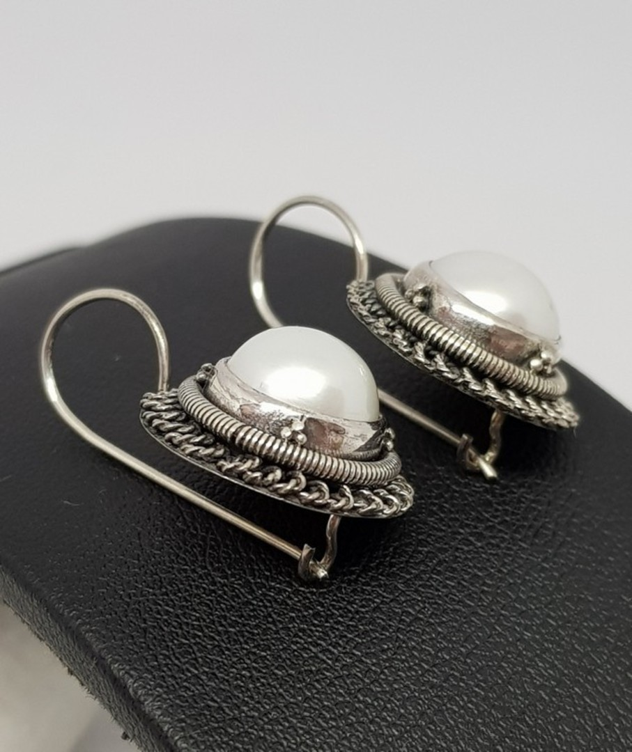 Sterling silver large fresh water pearl earrings image 3
