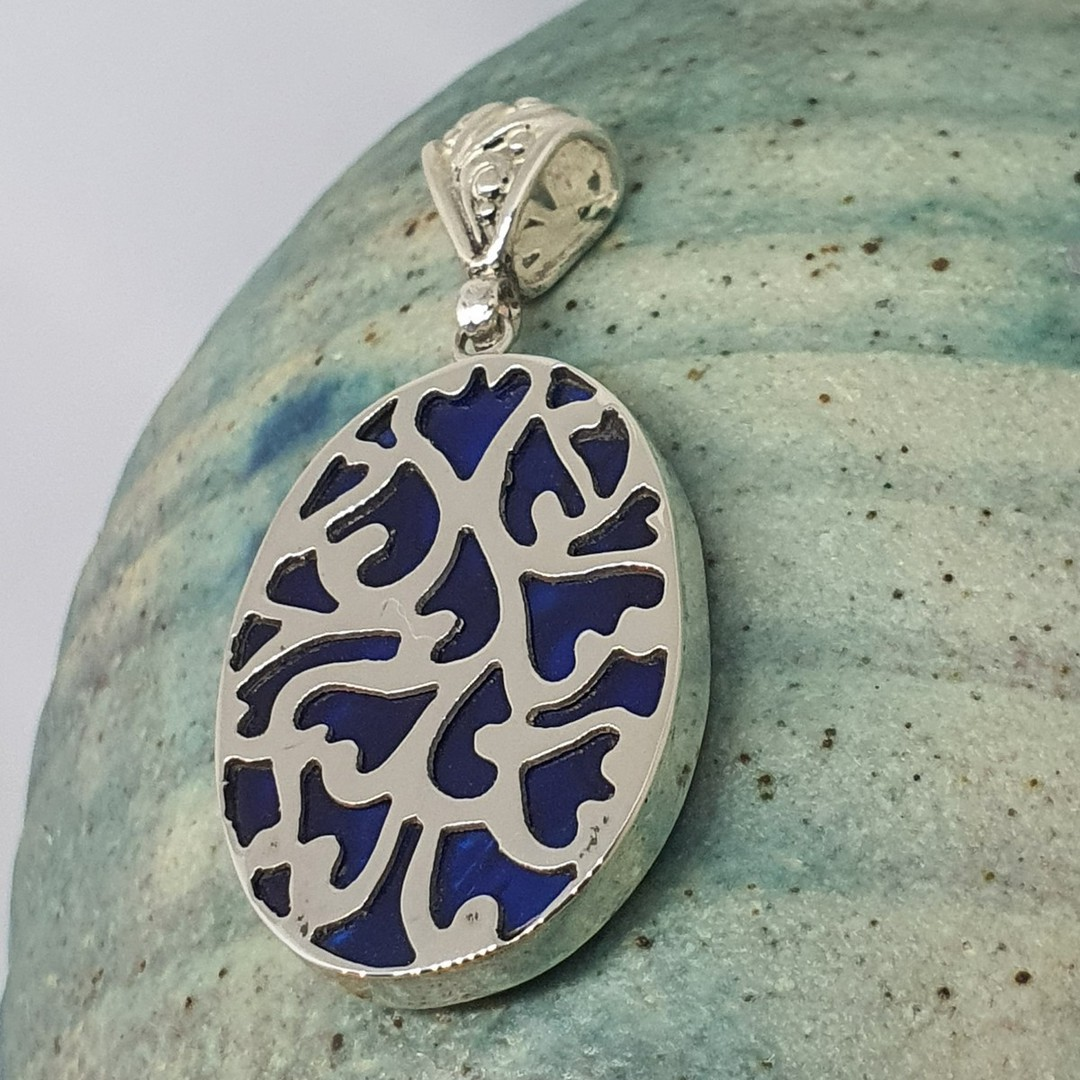 Sterling silver paua shell pendant - dyed blue image 2