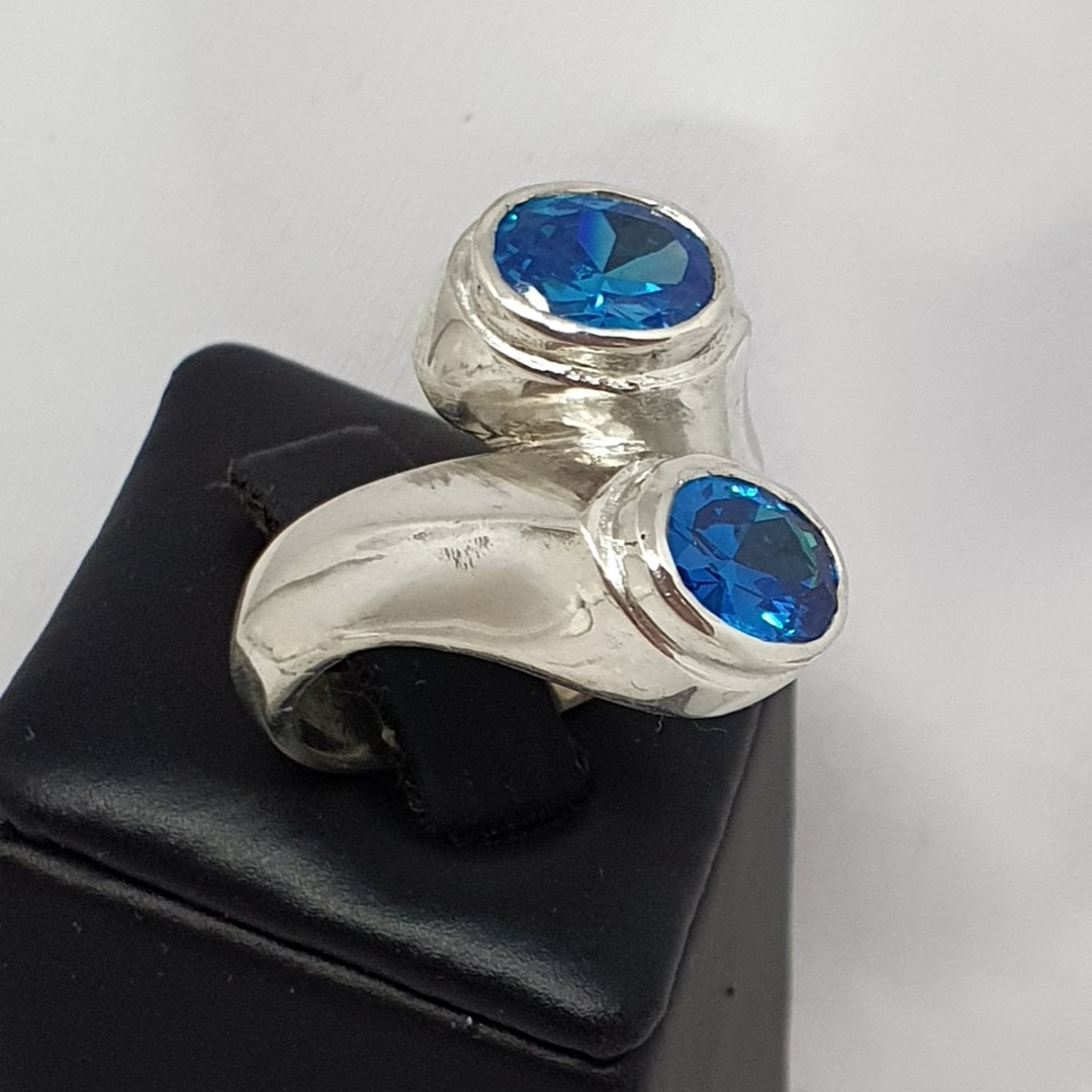 Sterling silver sparkling blue gemstone ring, made in NZ image 0