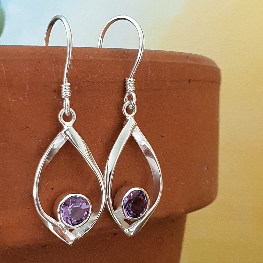 Sterling silver amethyst earrings image 0