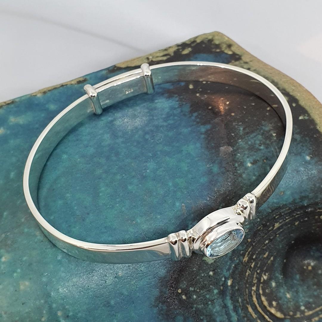Sparkling blue topaz gemstone bracelet image 1