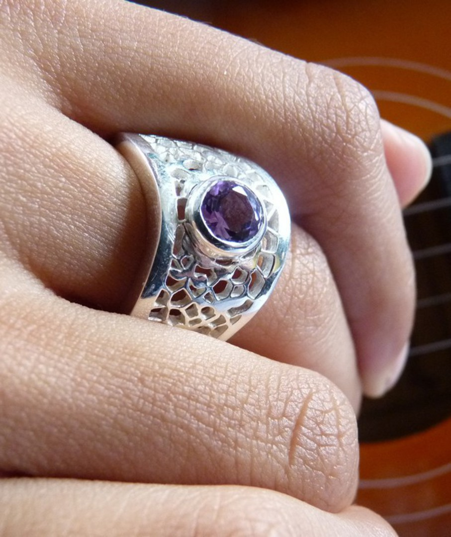 Chunky sterling silver amethyst ring image 3