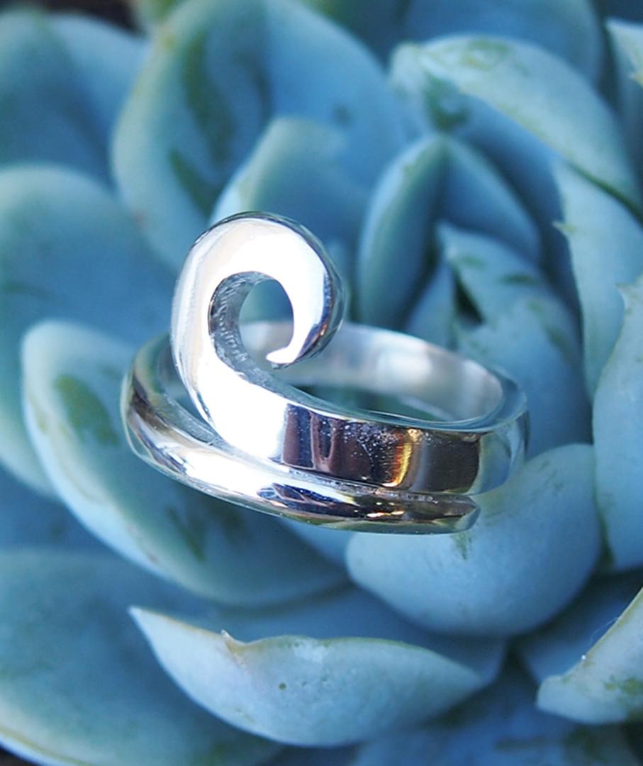 NZ made 925 silver koru ring image 1