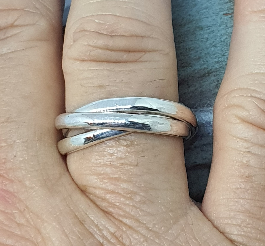 Sterling silver interlocking rings - three bands of funky fun image 1