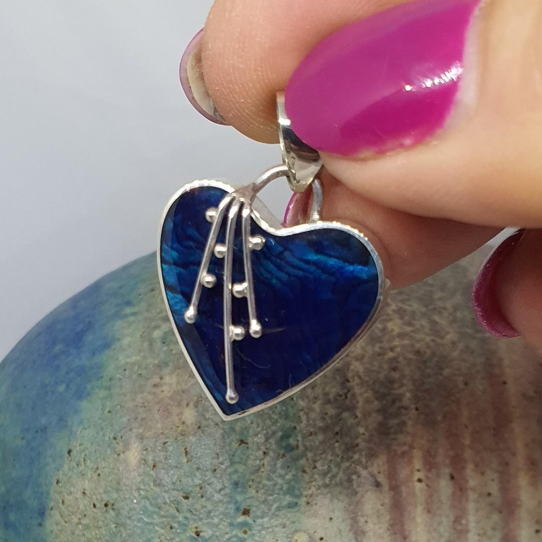 Deep blue shell silver heart pendant image 2