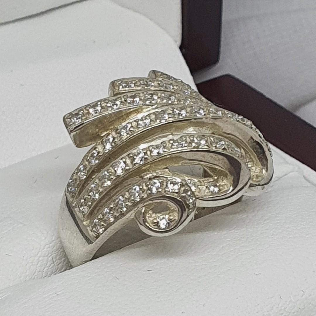 Glittering cubic zirconia dress ring image 1