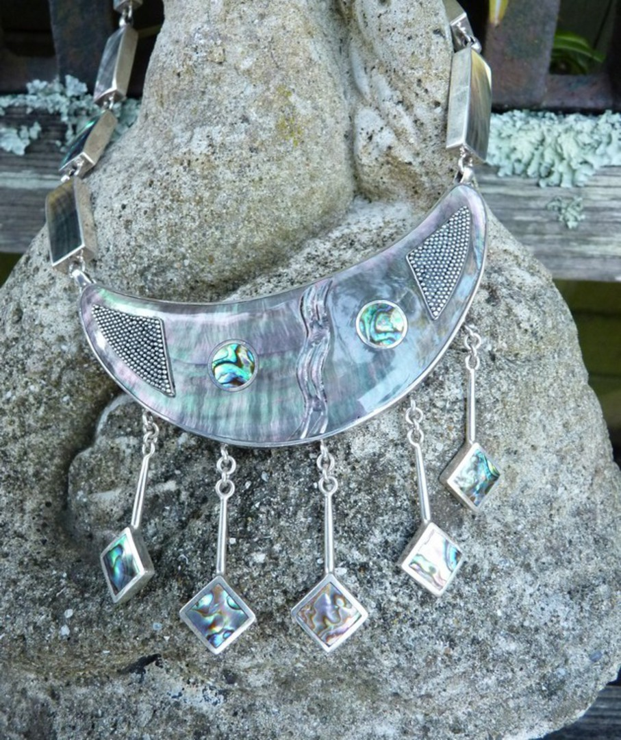 Sterling silver and NZ paua shell incredible necklace image 3