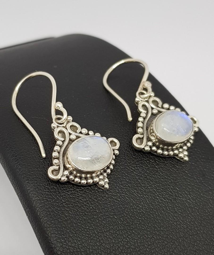 Decorative silver moonstone earrings image 0