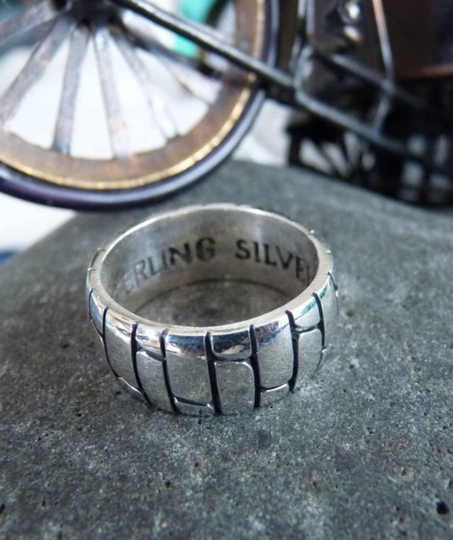 Sterling Silver Ring image 1