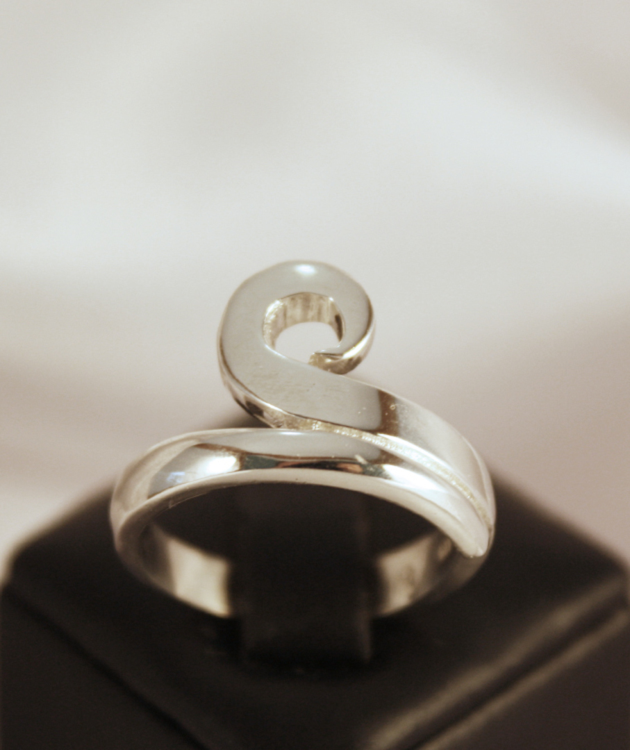 NZ made 925 silver koru ring image 0
