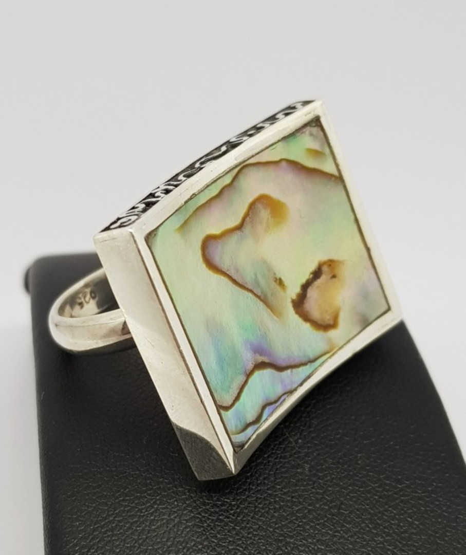 Large designer ring inset with paua shell image 2