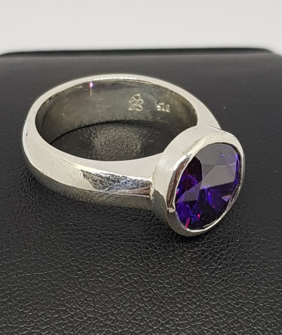 Sterling silver ring with sparkling synthetic amethyst image 2