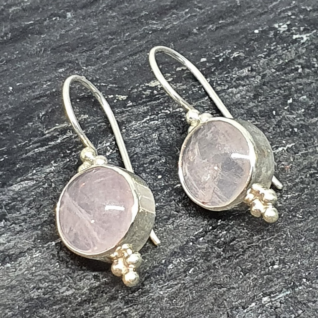 Sterling silver rose quartz hook earrings - one pair only image 2