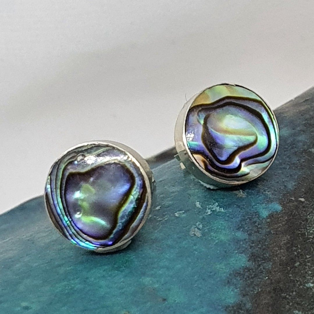 Round paua shell stud earrings image 0