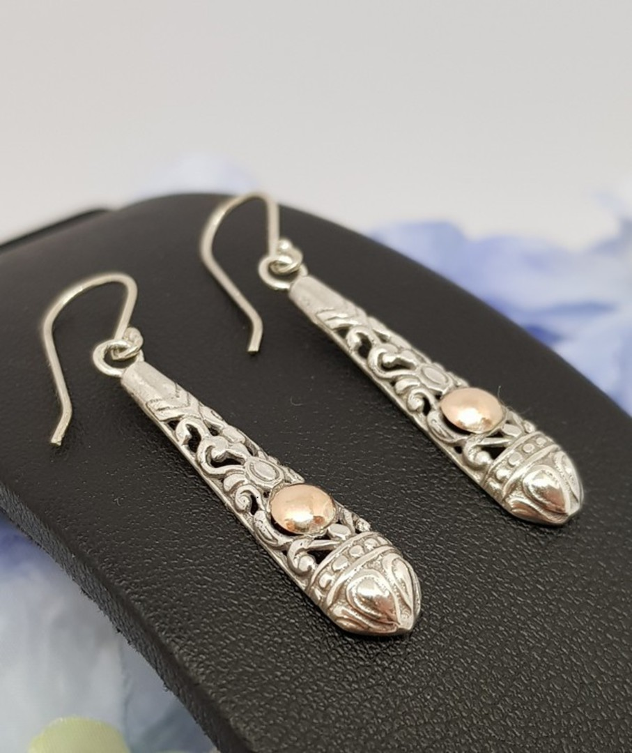 Silver filigree earrings with gold detail image 2