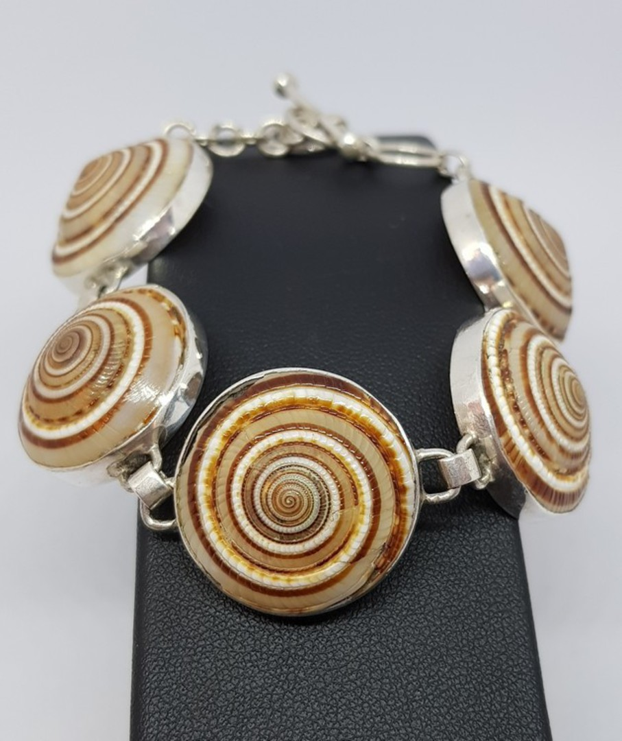 Sterling silver sundial shell bracelet - last one in stock, now on sale image 1