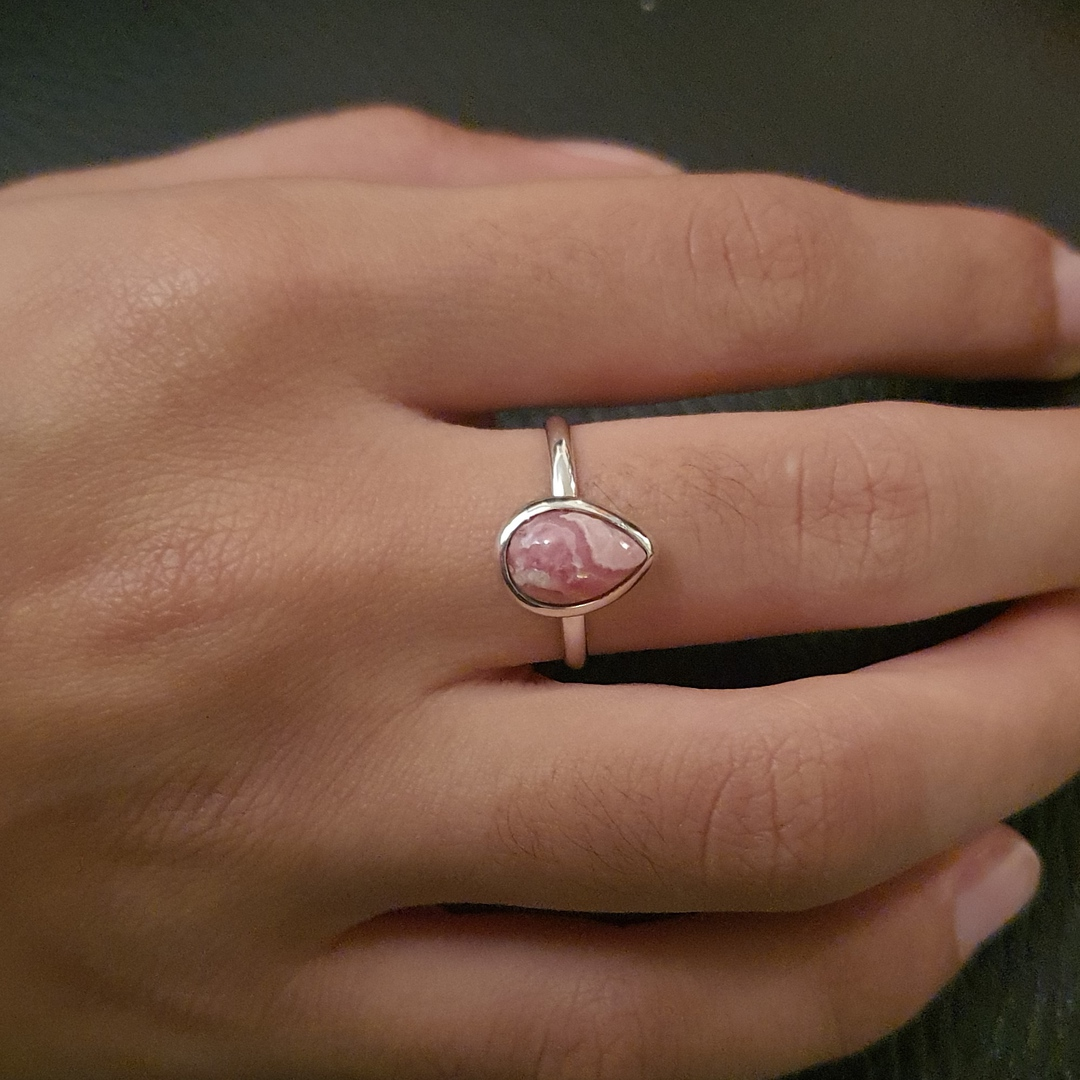 Teardrop rhodochrosite gemstone ring image 1