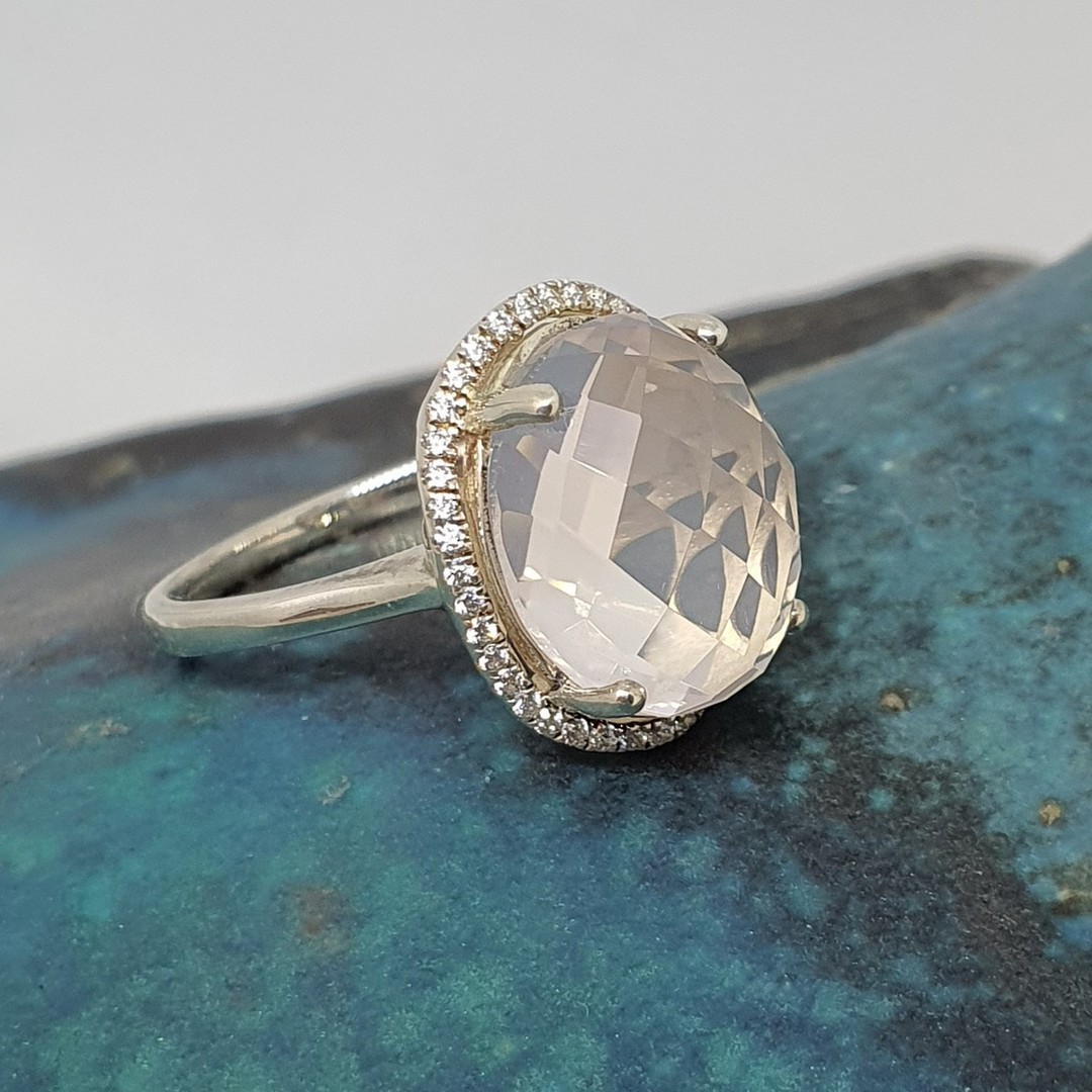 Large oval rose quartz silver ring image 2