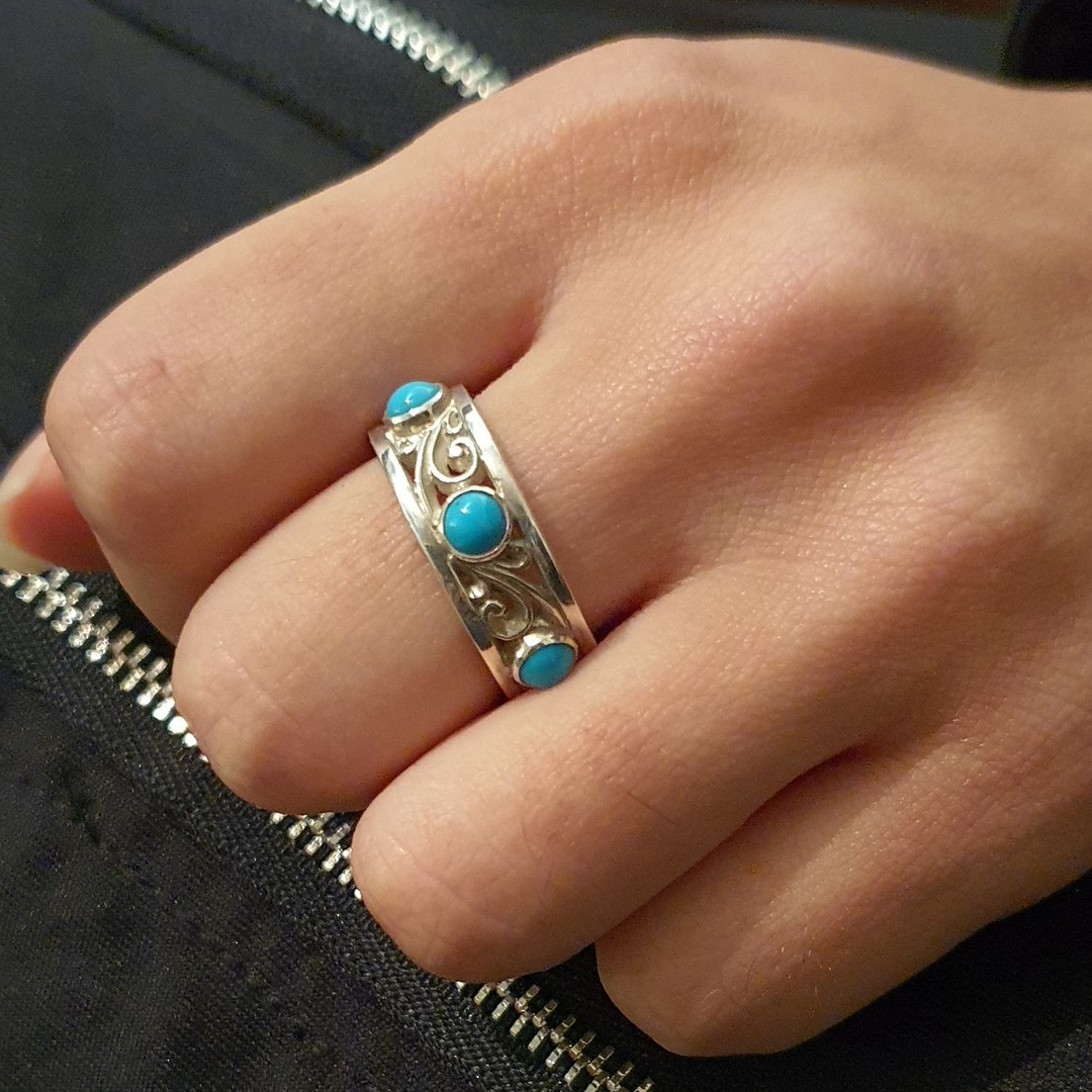 Sterling silver turquoise ring image 1