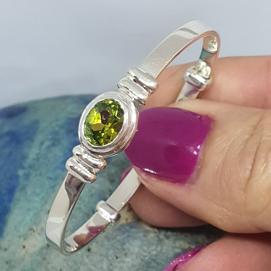 Sterling silver August birthstone baby bangle image 4