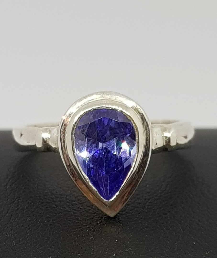 Sterling silver synthetic tanzanite ring image 1