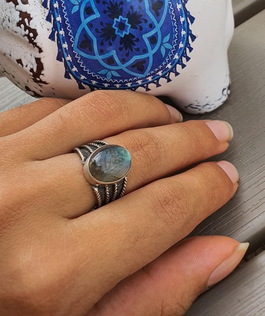 Super cute labradorite sterling silver ring image 1