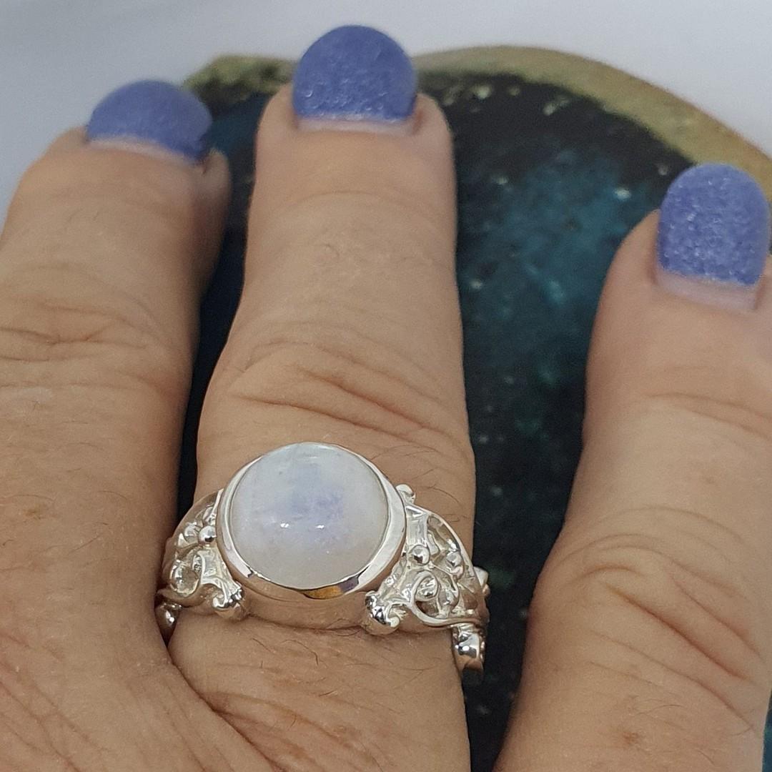Sterling silver moonstone gemstone ring image 3