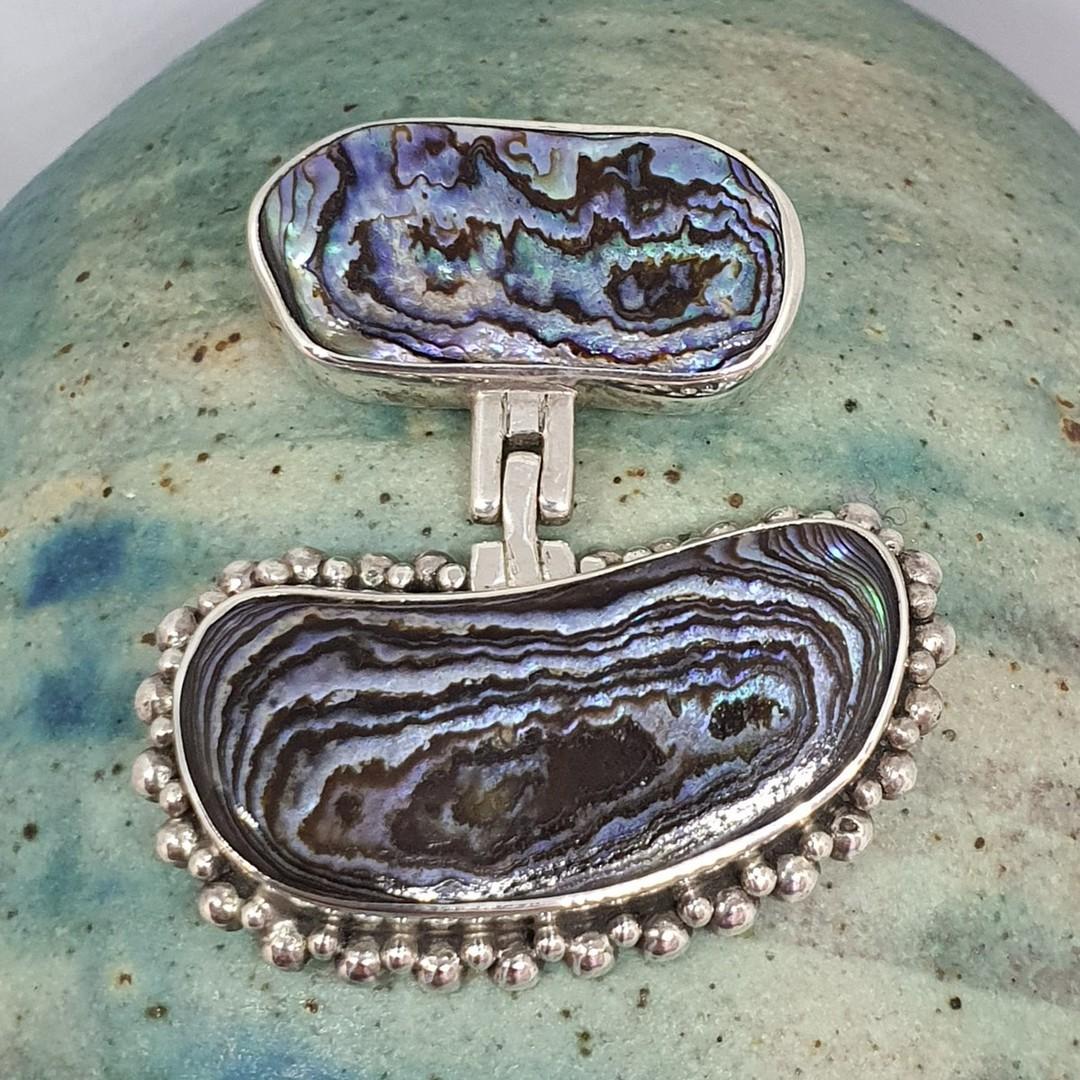 NZ paua shell silver pendant image 0