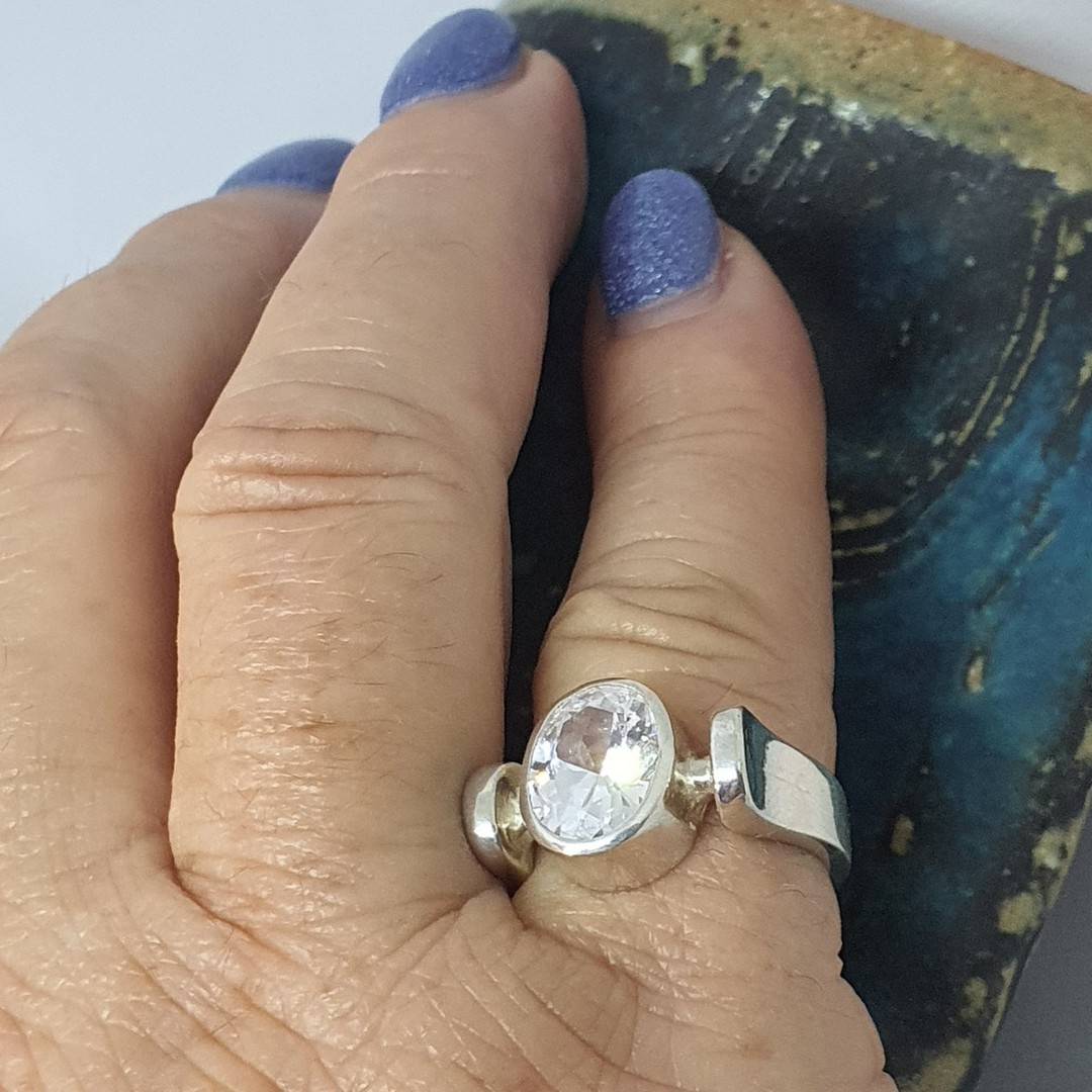 Sterling silver ring with large cubic zirconia image 3