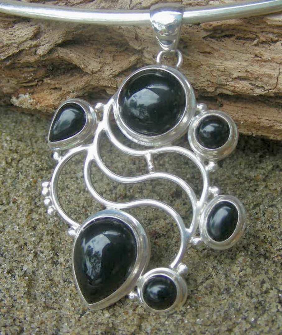 Black Onyx Silver Pendant image 2