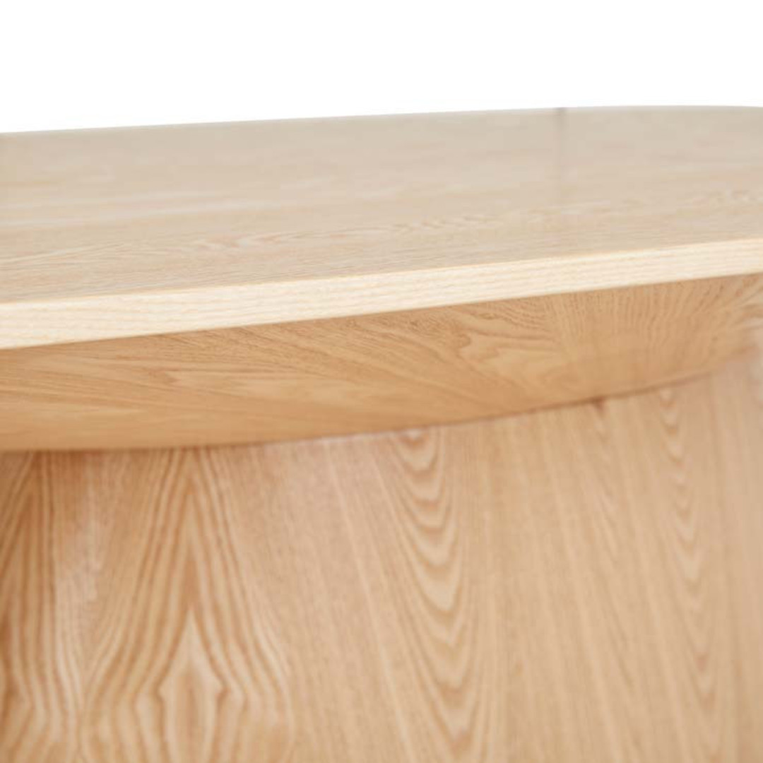 Classique Oval Dining Tbl image 3
