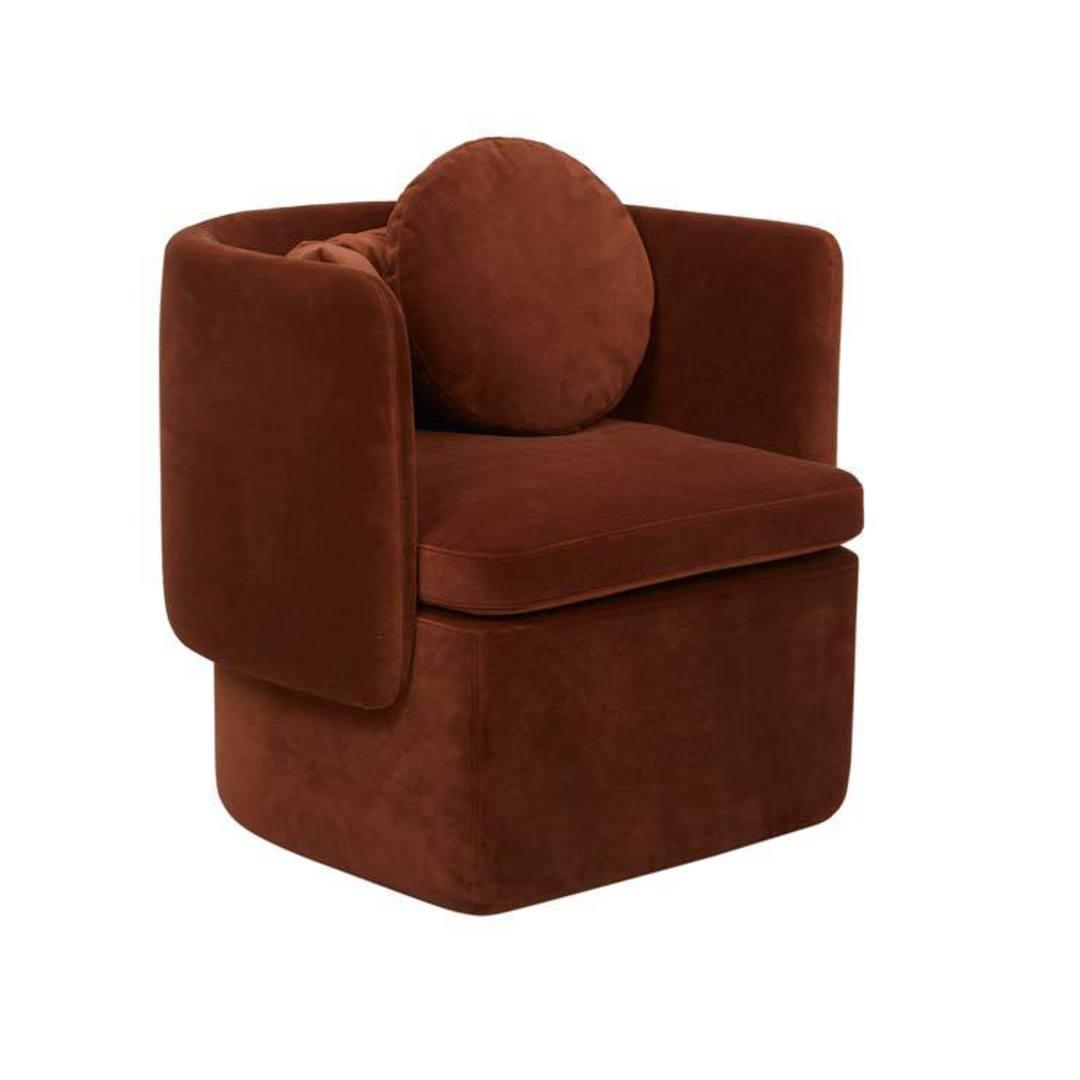Hugo Bow Occ Chair image 0