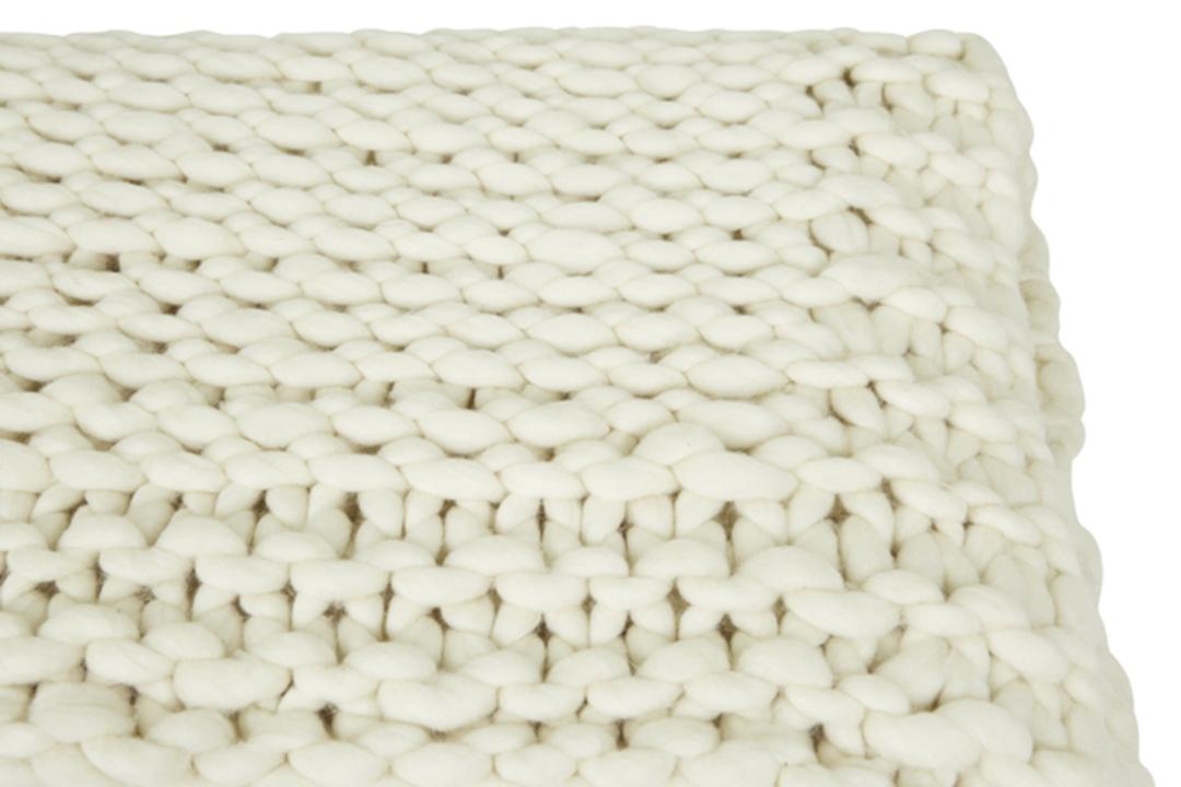Evie Knit Throw image 5