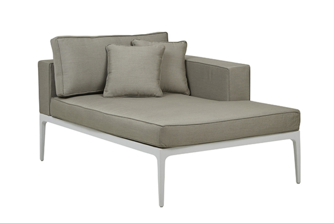 Montego Right Chaise ( Outdoor) image 3