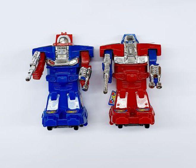 Transformer Robots  1 x Red & 1 x Blue 80 x 50mm (2) image 0